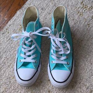 Converse Shoes - Kids converse girls  size 5.5